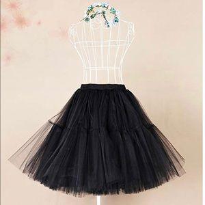 Plus size Knee length tulle skirt-BLK